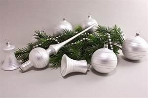 Weihnachtskugeln Weiß Silber : weihnachtskugeln wei matt iris geringelt christbaumkugeln christbaumschmuck und ~ Sanjose-hotels-ca.com Haus und Dekorationen