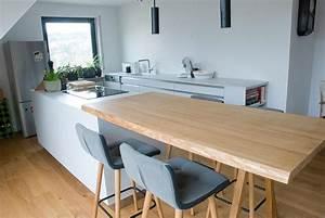 Küche Eiche Massiv : k che unter dachschr ge ~ Markanthonyermac.com Haus und Dekorationen