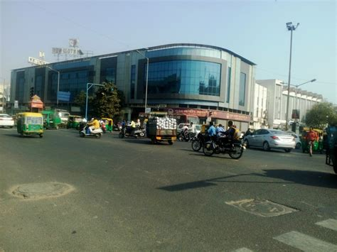 Top 15 Markets in Ahmedabad for Shopping   Best Markets in ...