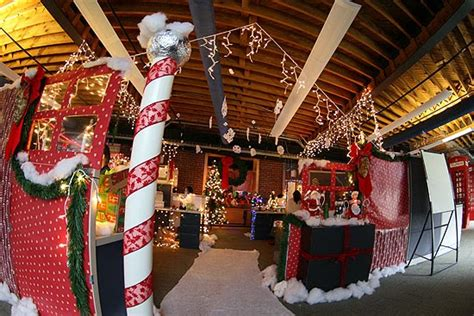 show me christmas decorations for an office the office furniture at officeanything 2014 6 creative ways to decorate