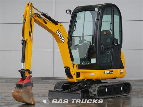 jcb  cts construction equipment  bas trucks
