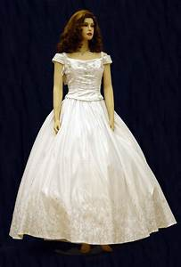 Wedding dresses stores in denver colorado wedding for Wedding dress stores denver