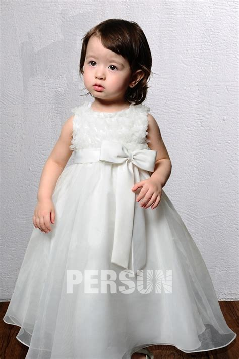 robe blanche enfant robe mariage enfant blanche 224 froufrou orn 233 e dun nœud papillon persun fr