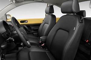First Look: 2010 Volkswagen New Beetle Final Edition