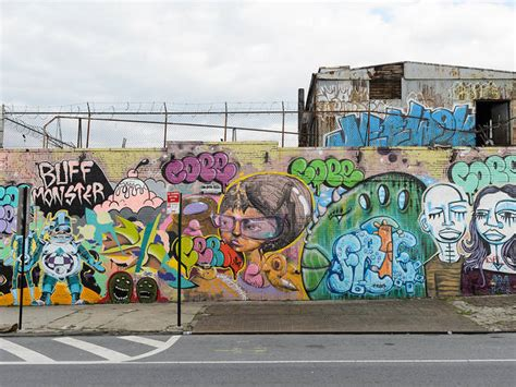 graffiti  nyc    street art murals