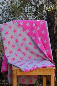Decke Mit Sternen : david fussenegger decke silvretta sterne pink ~ Markanthonyermac.com Haus und Dekorationen