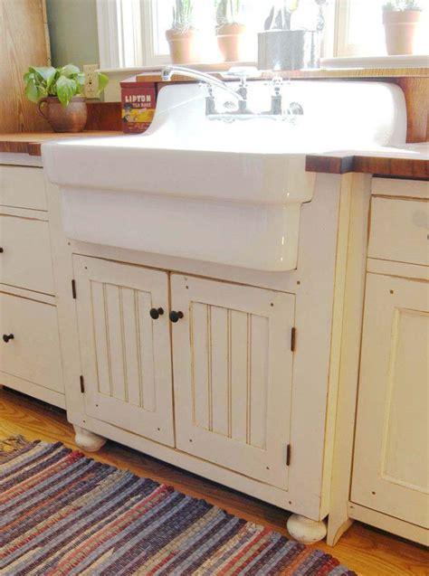 cottage kitchen furniture 668 best primitive colonial kitchens images on