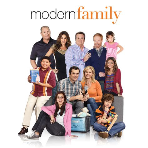 co creator christopher lloyd returns to modern family after closing new 20th deal deadline