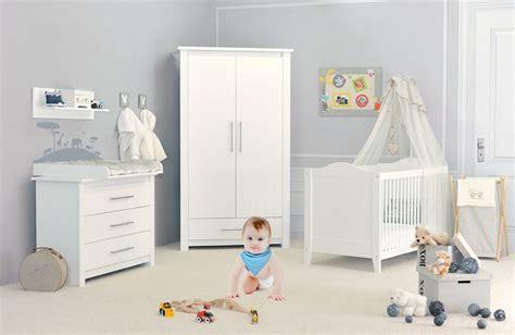 chambres pour bébé chambre bébé blanche cocoon design ambiance chic pour