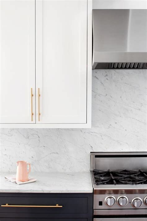 Kitchen Cupboard Hardware Ideas by 9 Gorgeous Kitchen Cabinet Hardware Ideas Hgtv