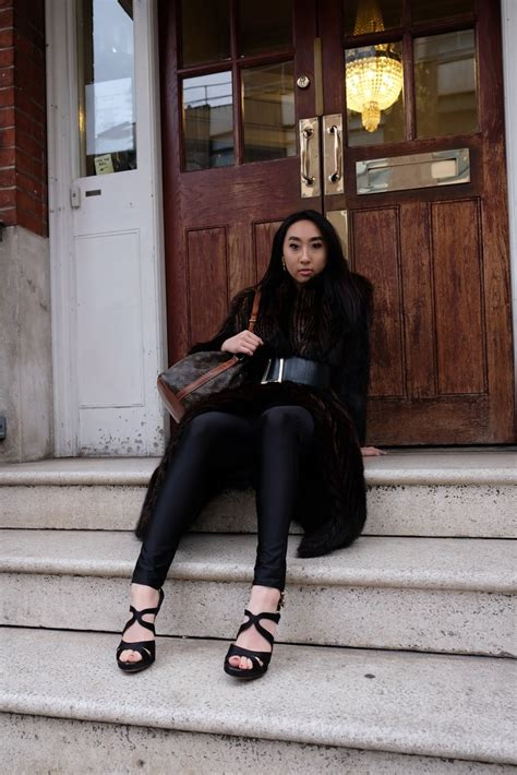 louis vuitton noe crossbody bag chelsea vintage couture