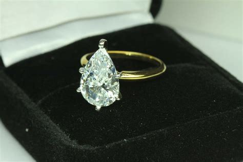 Tdr Ring 14 by 5 00 Pear Shape Engagement Ring 14 Karat Yellow Gold Ebay