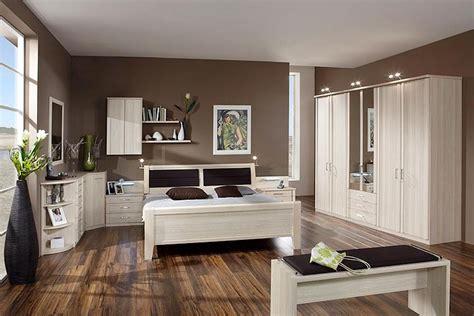 chambre brune parquet pour chambre carrelage pour chambre