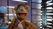 "The Muppets S01E04 – ""Pig Out"" - Tars Tarkas.NET - Movie ..."