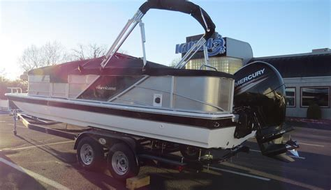 Hurricane 226 Deck Boat by 2017 New Hurricane Fd 226 F Deck Boat For Sale Osage