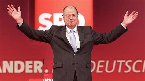 Trotz des dauertiefs seiner partei setzt vizekanzler olaf scholz auf sieg. SPD-Parteitag: Steinbrück mit 93 Prozent zum ...