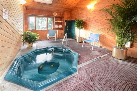 saratoga spa tub saratoga mineral spa tub at our saratoga springs motel