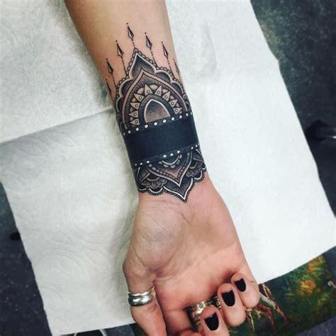 Tatouage Poignet Femme Top 100 Des Motifs ( Bracelet