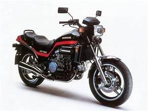 Honda Vf 750 : honda vf750 gallery classic motorbikes ~ Melissatoandfro.com Idées de Décoration