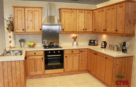 Kitchen Cupboards Uk by Home Fitted Kitchen Uk