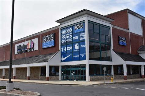 bobs stores  close  danbury fairfield milford