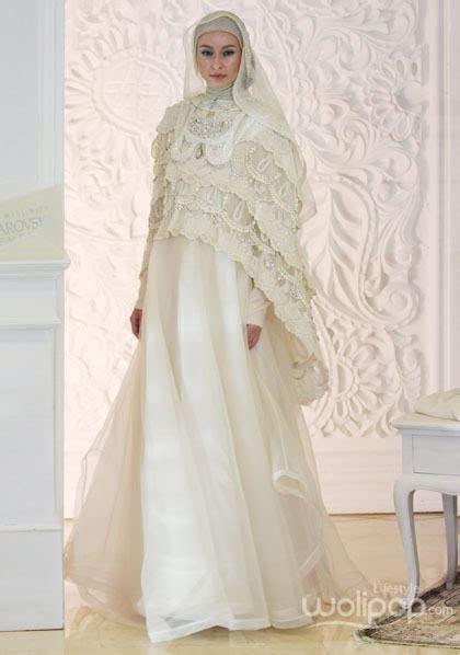 model busana pengantin syari