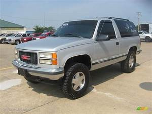 Silver Metallic 1995 Gmc Yukon 4x4 Exterior Photo  50285511