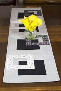 Chemin De Table Moderne : les 25 meilleures id es de la cat gorie chemins de table en patchwork sur pinterest chemins de ~ Teatrodelosmanantiales.com Idées de Décoration
