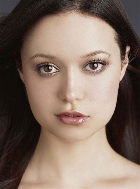 Summer Glau Celebrity Actress Asymmetrical Female Face
