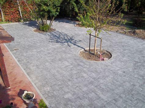 pavimentazione cortile esterno cortile esterno piacenza cremona posa autobloccanti