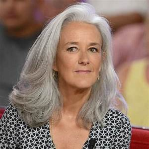 Coupe Cheveux Gris Femme 60 Ans : coupe de cheveux gris femme 40 ans ~ Voncanada.com Idées de Décoration
