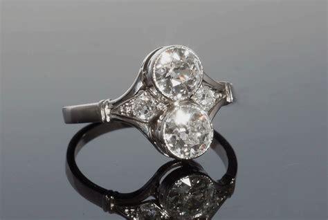 bague deco ancienne bagues anciennes d 233 co bague ancienne deco toi et moi en or platine et diamants