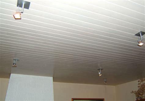 plafond pvc cuisine lambris pvc blanc brillant pour plafond obasinc com