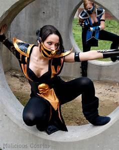 Female Scorpion and Female Sub Zero Cosplay by Malicious ...
