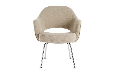 Eero Saarinen Executive Armchair by Saarinen Executive Armchair With Metal Legs Design