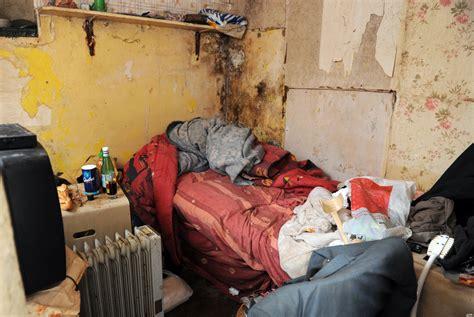 cuisine insalubre marchands de sommeil cécile duflot s 39 attaque au logement