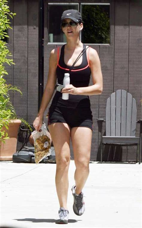 Katy Perry Workout: How To Stay Slim | Pop Workouts | Page