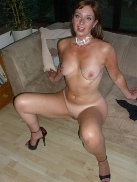 270  In Gallery 130225 Cougars And Milfs Picture 2