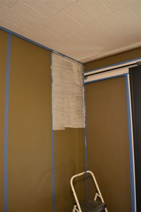 hand  faux grasscloth painted walls addicted