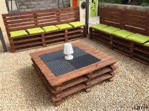 Comment Faire Un Salon De Jardin En Palette comment faire un salon de jardin en palettes les
