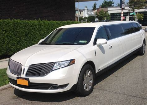 Limousine Rental Nyc by 2019 Lincoln Mkt Towncar Limousine Rental In Nyc And Nj