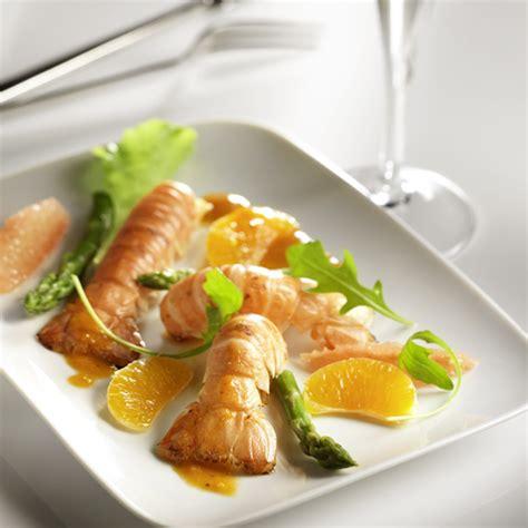 comment cuisiner des asperges vertes recette culinaire langoustines rôties agrumes photos