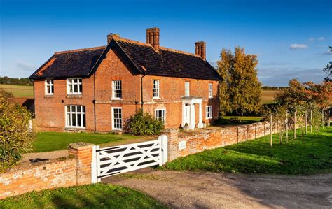 Luxury Country Farmhouse Set In Wonderful Rural Location
