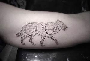 Tatouage Loup Graphique : as tatuagens geom tricas de brian woo que faz ~ Mglfilm.com Idées de Décoration