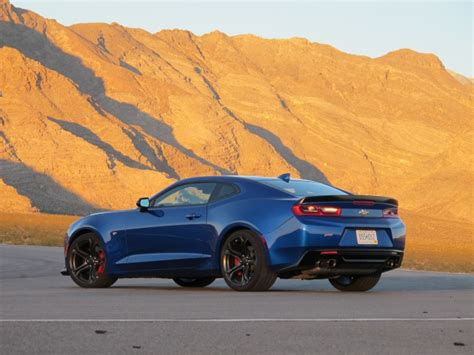 2017 Chevrolet Camaro 1le First Drive Review
