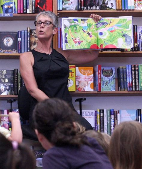 jamie lee curtis reading and book signing of her new book