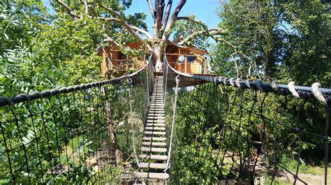 chambre d hote cabane dans les arbres cabane dans les arbres en normandie