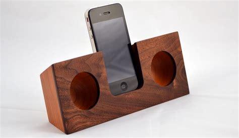 wooden amplifier  home   beach    woods
