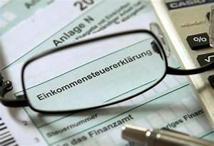 Steuer Auf Rente Berechnen : b z berlin steuer spar tipps zum jahresende ~ Themetempest.com Abrechnung