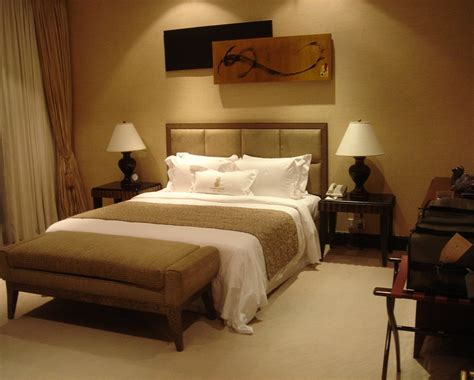 Relaxing Bedroom Ideas For Decorating, Warm Neutral Living
